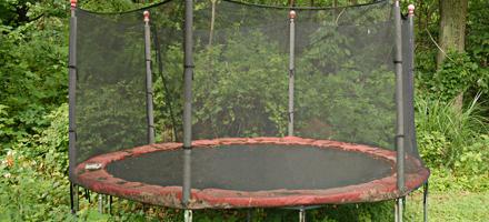 trampoline-installation